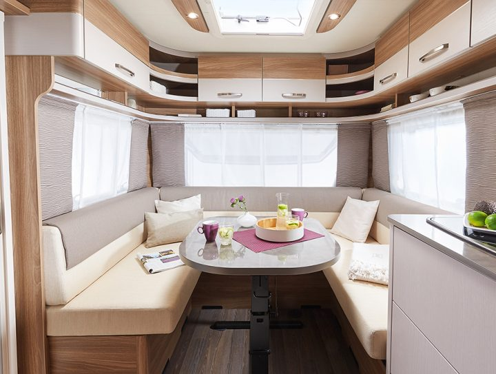 Bürstner Premio 390 TS Interior